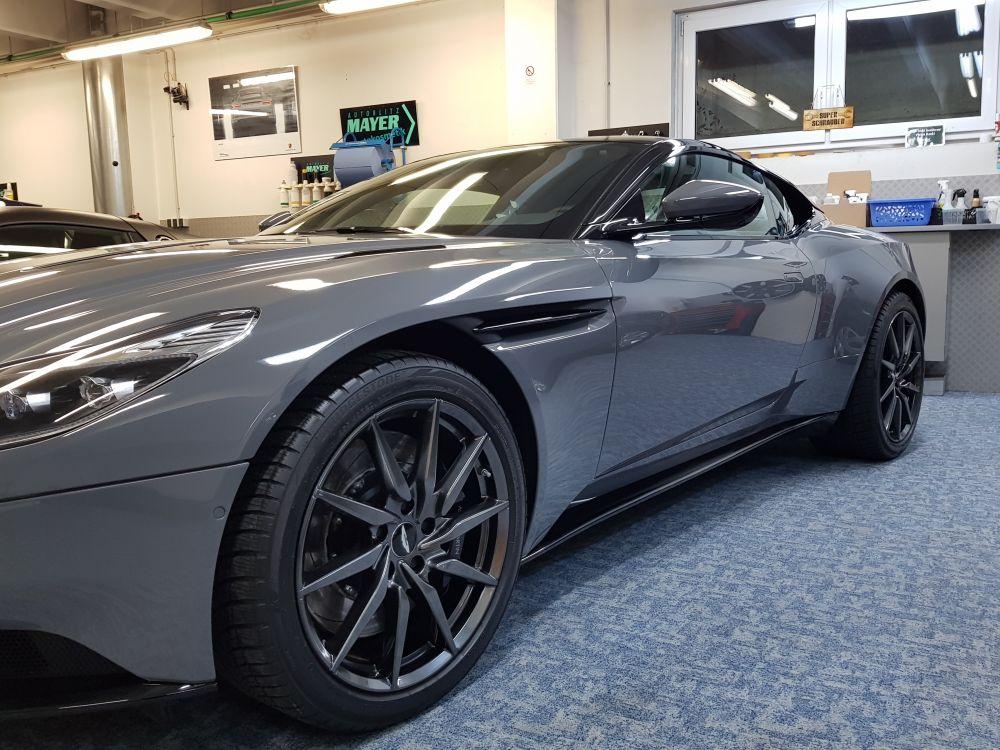 Aston Martin DB11 Aufbereitung
