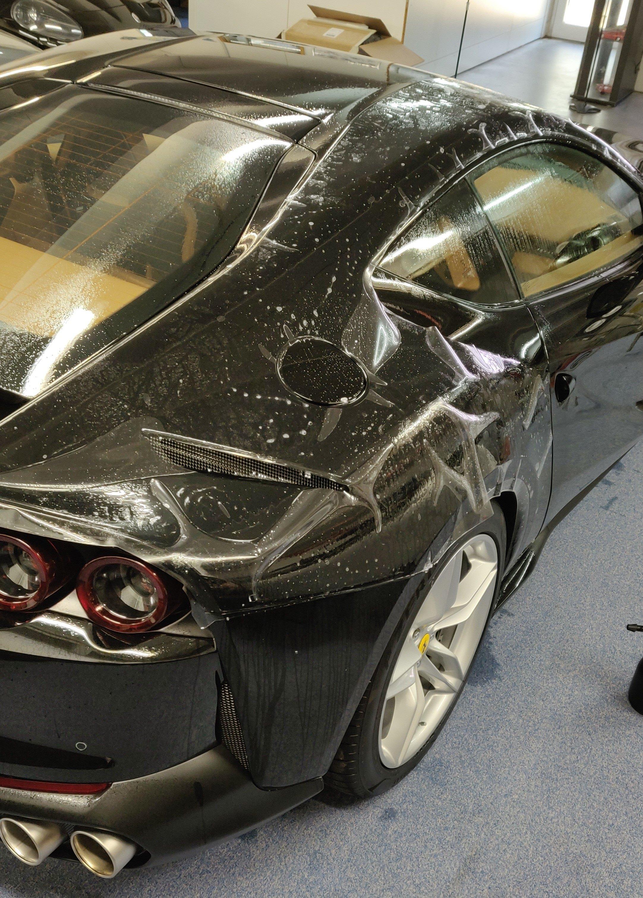 Ferrari 812 Lackschutzfolie Plott