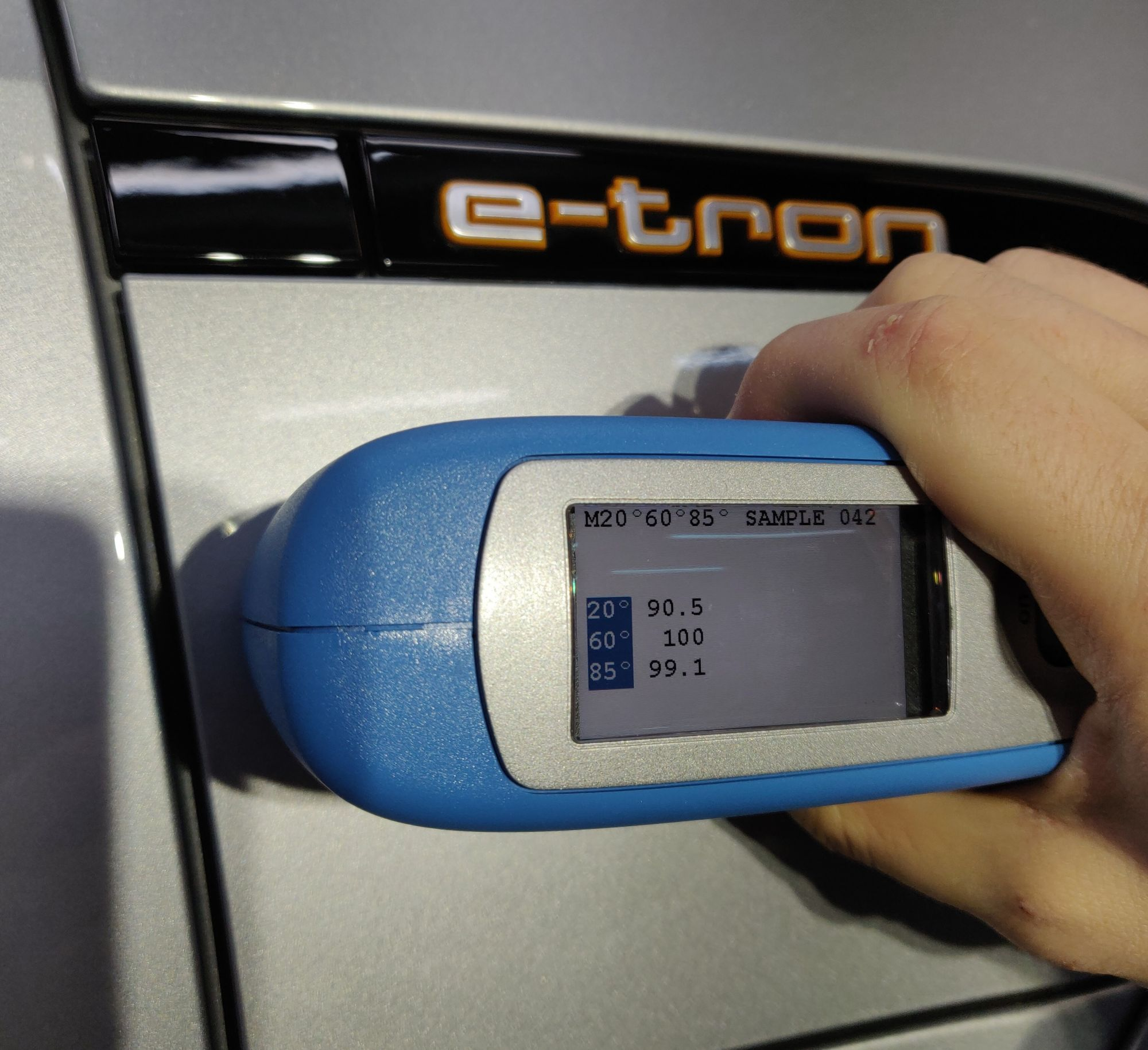 Audi E-Tron Glanzmessung