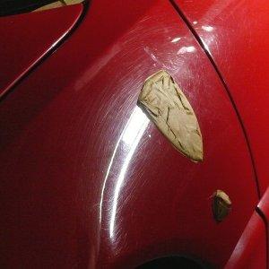 Klebrige Kunststoffteile - Ferrari 348 TS