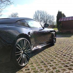 Aston Martin Superleggera komplett in Lackschutzfolie