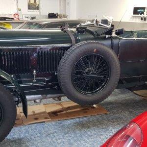 Bentley 6 1/2 Litre Speed Lederpflege & Handwäsche
